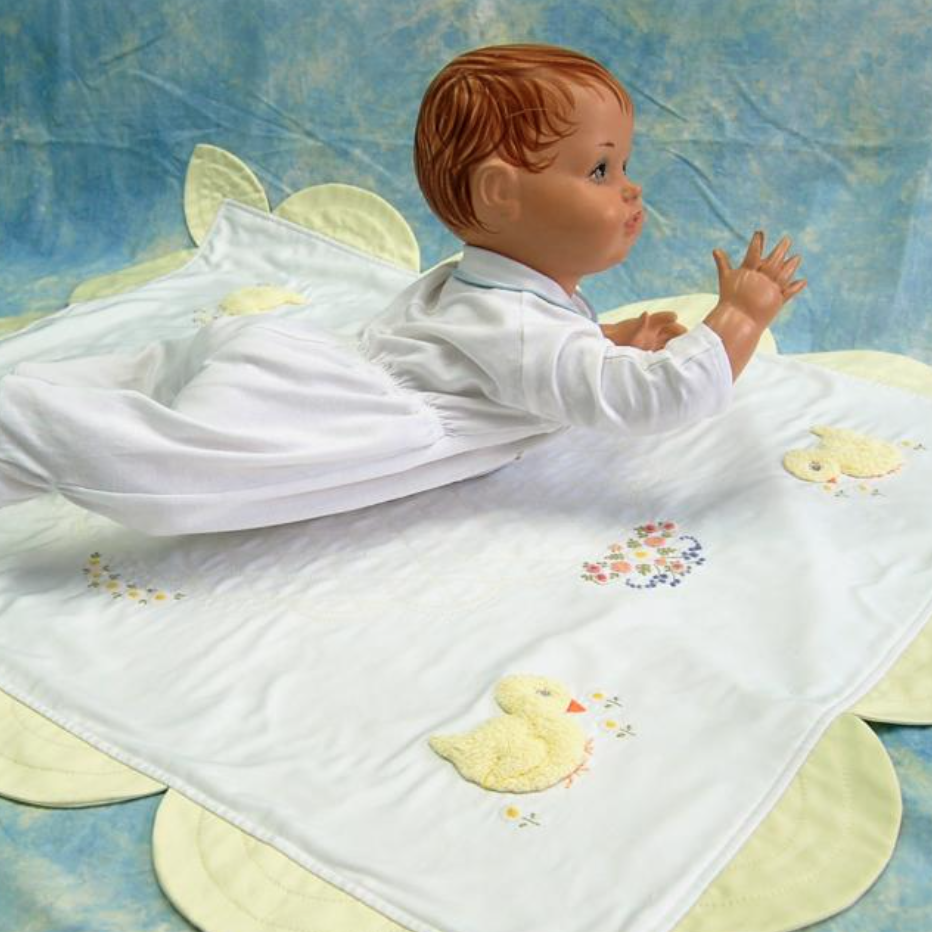 Baby Chick Appliqué Coverlet - Digital Download